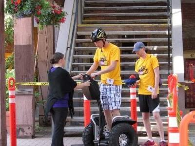 """These two are having fun """"off-roading"""" in Market Square for UrbaCity Challenge Victoria 2013"""