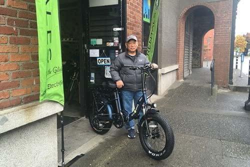 Happy customer with new e-bike