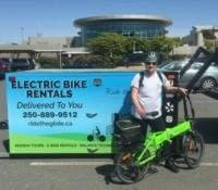 Electric bike rental delivery with Rie the Glide to the YYJ Airport